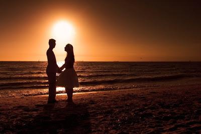 خلفيات رومانسية للكبار 2016 رومانسية love-sunset.jpg