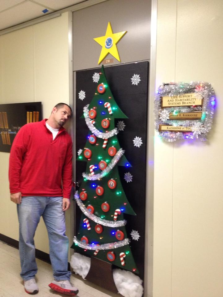 Things I Think I Think Christmas Office Door Decorating