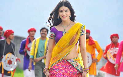 High Resolution Wallpaper Of Shruti Haasan. Shruti Haasan In Traditional Indian Saree.