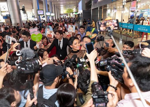 Miss Universe Vietnam thanks Filipino pageant coaches