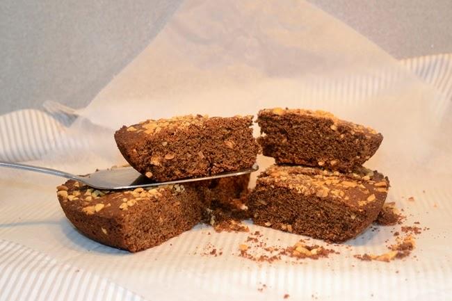 Megagalleta de cacahuetes y chocolate