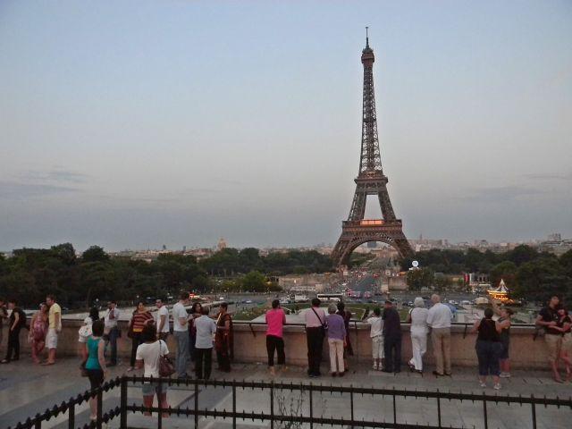 atrakcje Paryża, wieża Eiffla, paryska przygoda