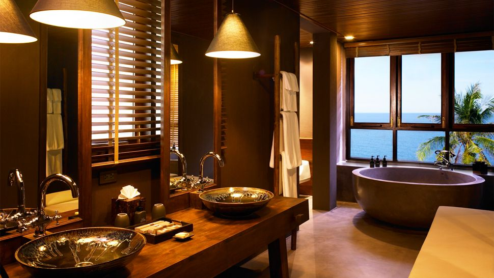 Luxury Life Design Bath With A View