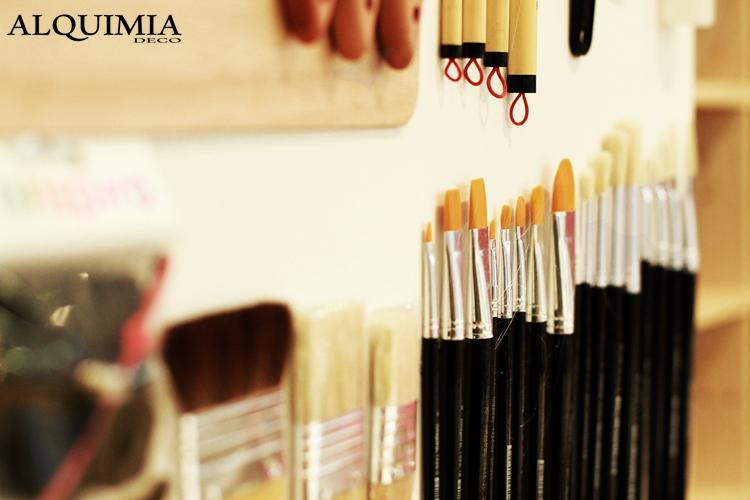 pinceles-negro-innspiro-evento-alquimia-deco-material-manualidades-school-innschool
