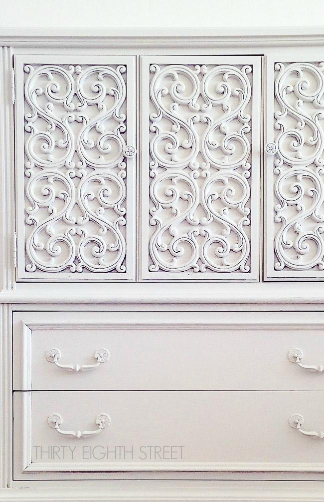 white painted furniture ideas, white chalk paint, best white furniture paint, painting furniture, diy furniture