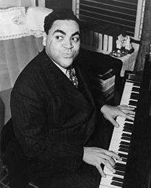 Fats Waller, un renumit pianist de jazz si comediant - imagine preluata de pe wikipedia.org