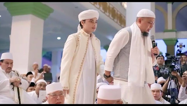 KH. Arifin Ilham berharap pernikahan putranya menjadi gebrakan uswah di era global zina