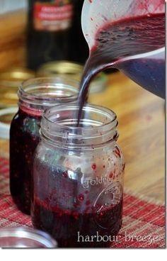 Old Fashioned Blackberry Jam without Pectin