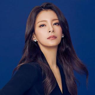 """Profil  Lengkap Jung Hye-In Pemeran Kim Seo Jin Drakor """"Sisyphus The Myth"""""""