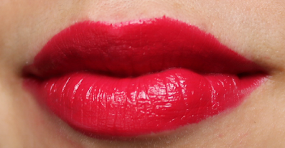 LOLA Intense Colour Lipstick in Raspberry Red 008
