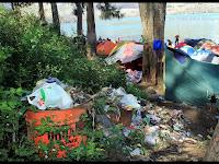 Yuk Jaga Kebersihan Saat Mendaki Gunung Dengan Kantong Sampah