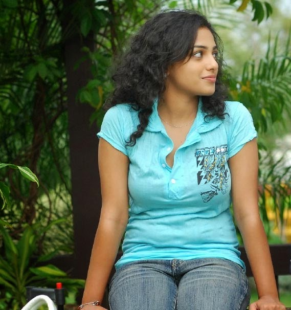 Nithya Menon hot telugu actress photos