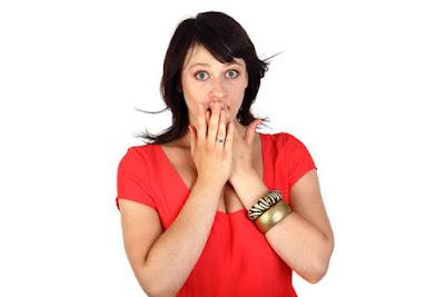 Radang Tenggorokan / Laringitis : Penyakit Kerongkongan yang Harus Diwaspadai