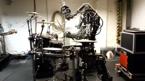02-Compressorhead-Automatons-Stickboy-The-Drummer