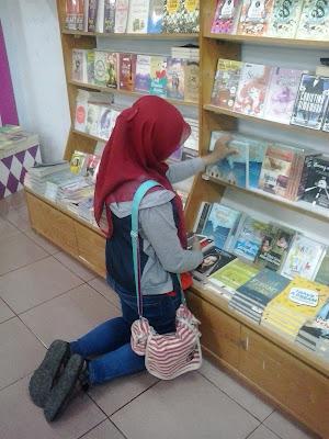 pilih buku