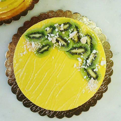 Kokosowy tort mango marakuja