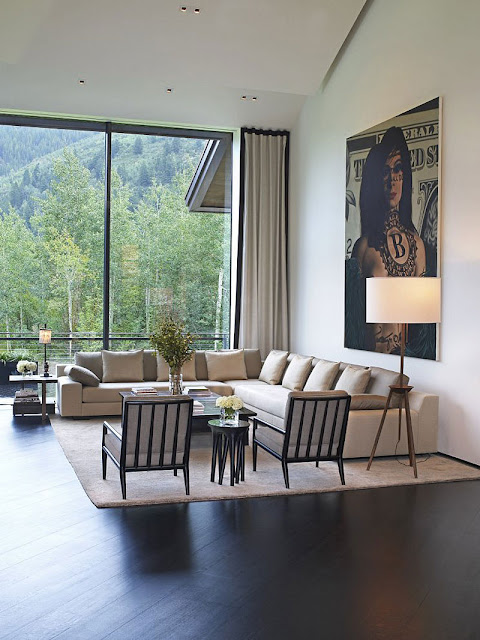 White furniture in living room of Aspen Residence by Stonefox