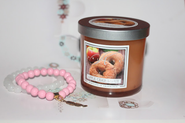 Apple Cider Donut od Kringle Candle