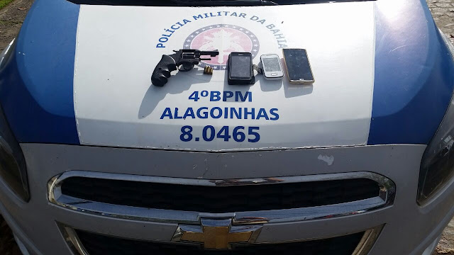 Polícia Militar prende dois acusados de roubo de motos em Alagoinhas