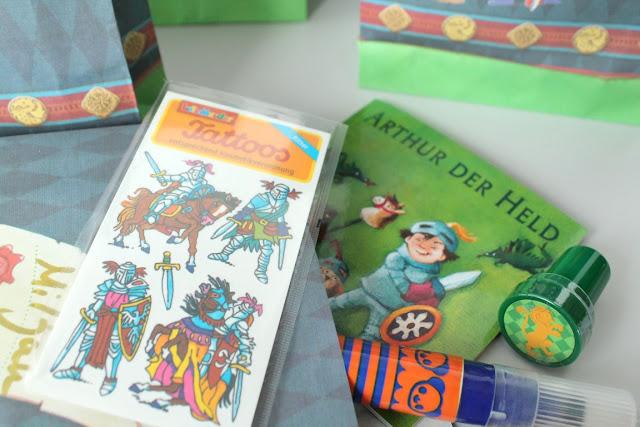 Kleine Mitgebsel Rittergeburtstag Ritter Kuchen Kindergeburtstag Mottoparty Ritterburg Tafelrunde Jules kleines Freudenhaus