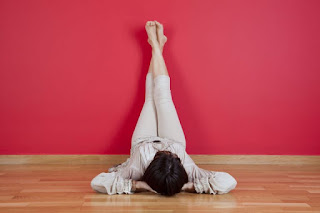 10 Secret Benefits of Lying on Floor With Legs Against Wall