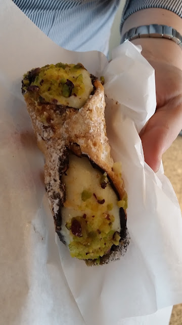 Cannolo-Zafferana Etnea