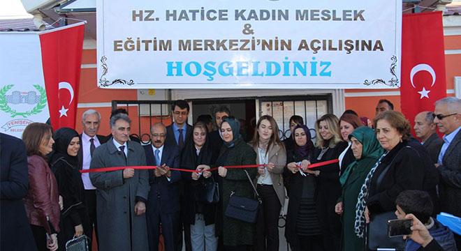 Diyarbakır'da kadınlara yönelik meslek edindirme ve eğitim merkezi açıldı