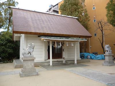 大仁八阪神社拝殿