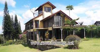 villa halaman luas quota rombongan 40 orang