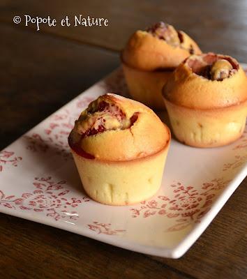 Petits cakes aux fraises fraîches et aux cranberries ©Popote et Nature