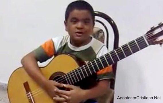 """Julio Silpitucla """"Cuán Grande es Él"""" en guitarra"""