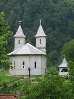 Construirea noii biserici a Parohiei Parva