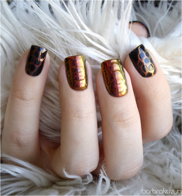 paznokcie z połyskiem