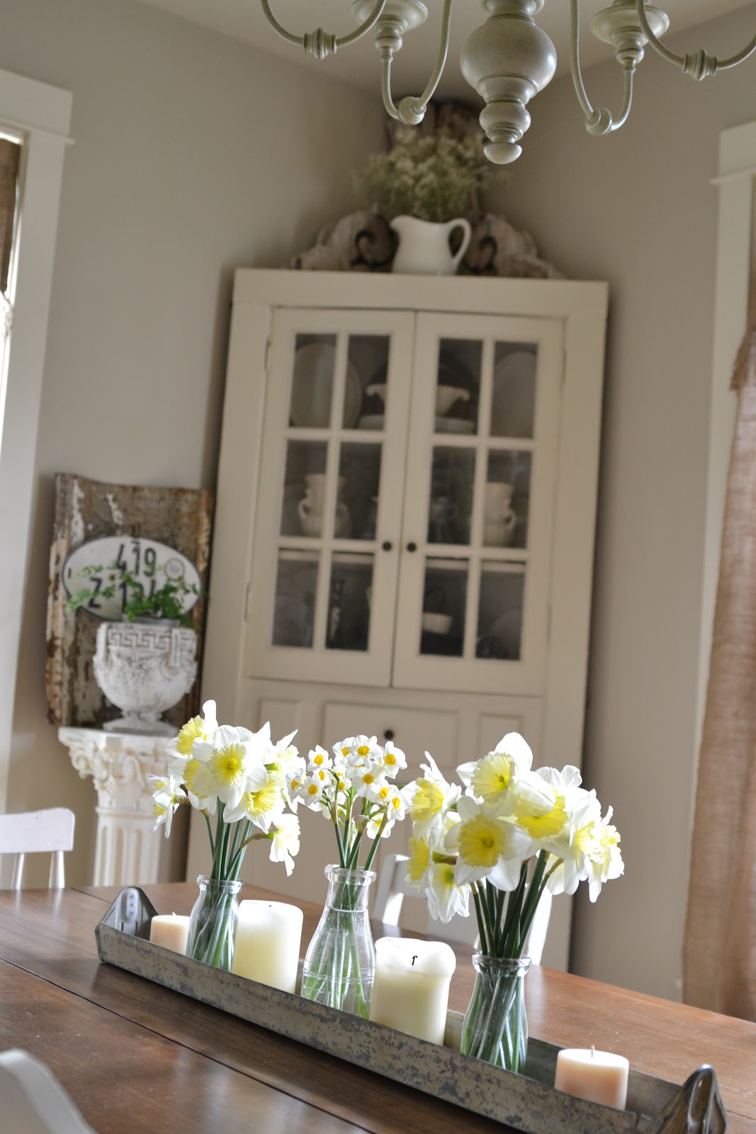 Faded charm white wednesday 145 - Dining room table ideas ...