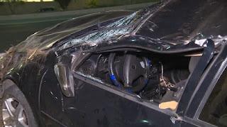 Acidente de carro deixa duas pessoas feridas, em Campina Grande
