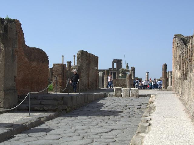 zwiedzanie Pompei, jak zaplanować, jak dojechać?