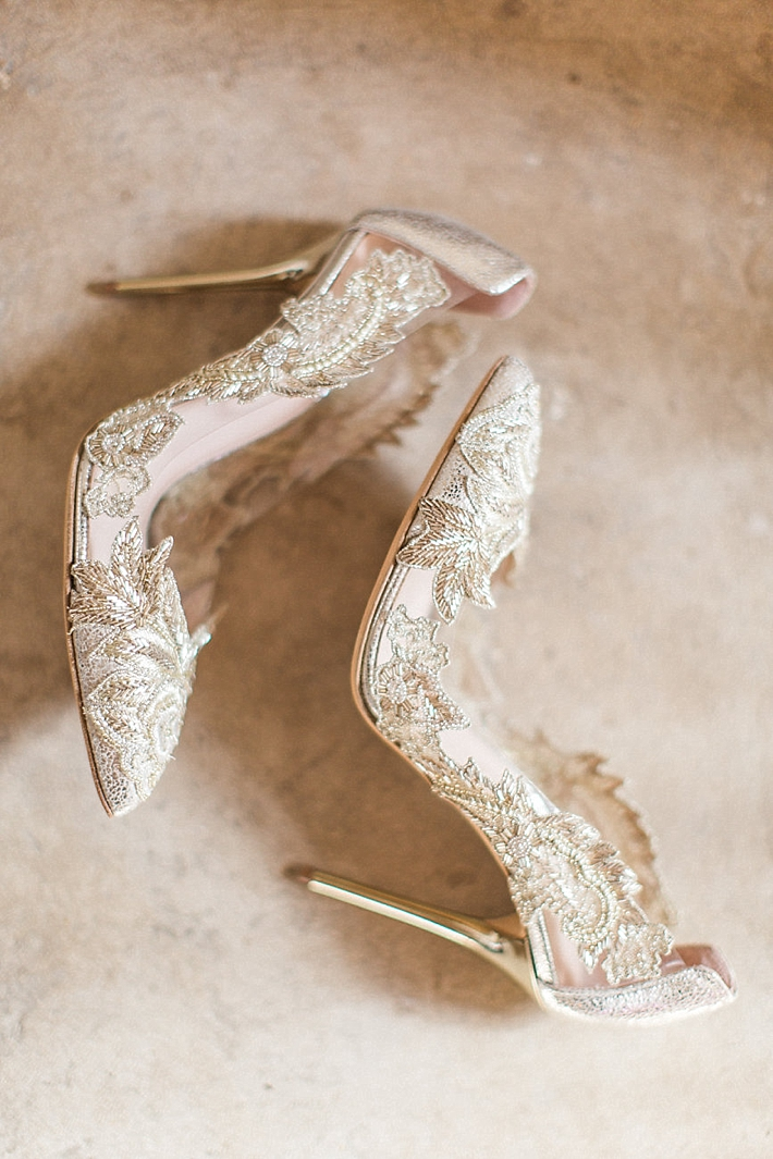 Gold Bridal Shoes | Stephanie Ponce Photography