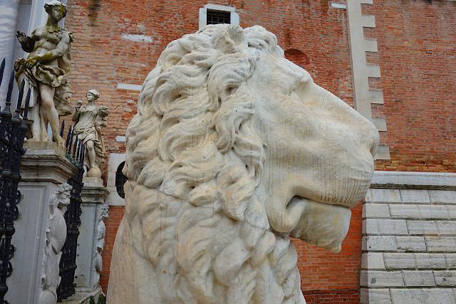 Strašidelná legenda o arsenalských lvech, Benátky, Arsenale, benátky průvodce, benátky historie, kam v benátkách, benátky zajímavosti, benátky příběhy,