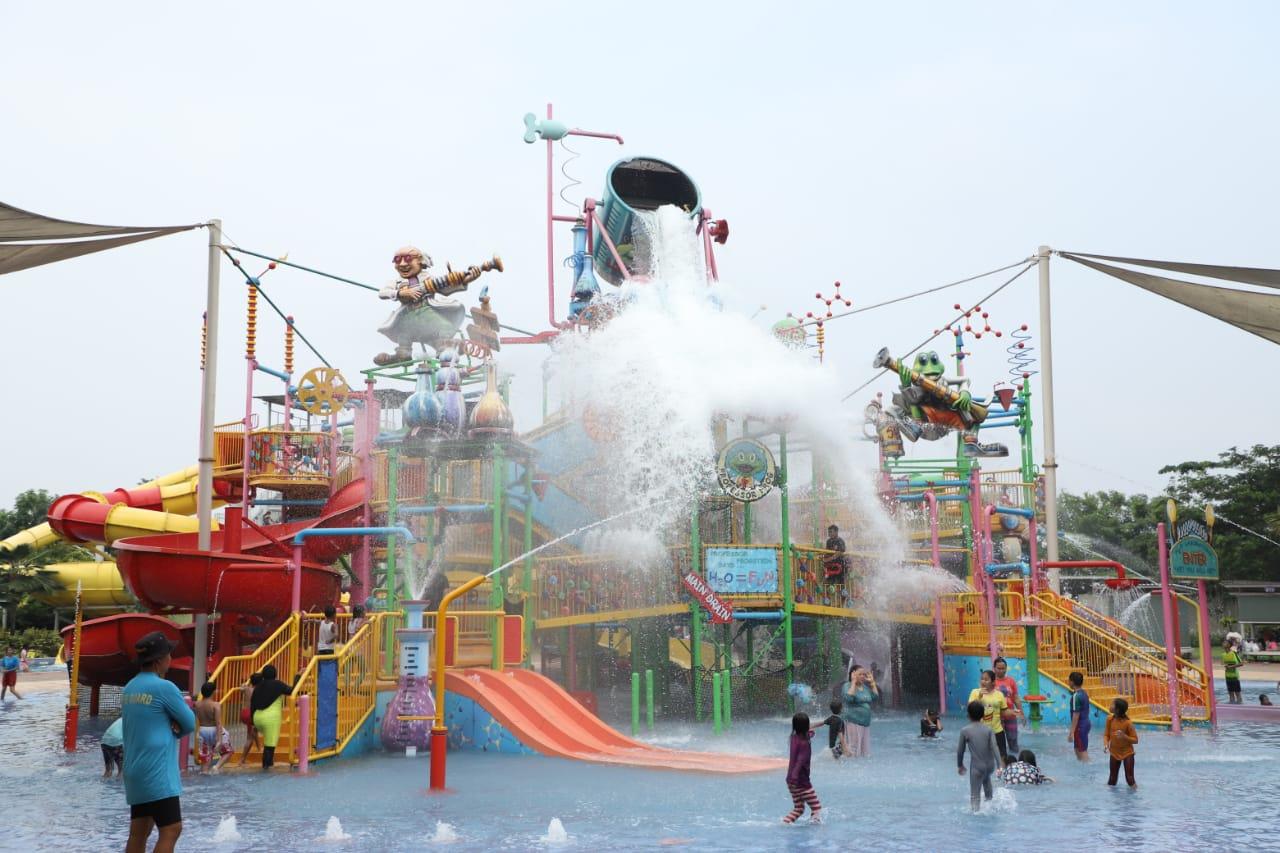 Asiknya Family Time Di Go Wet Waterpark Grand Wisata Bekasi