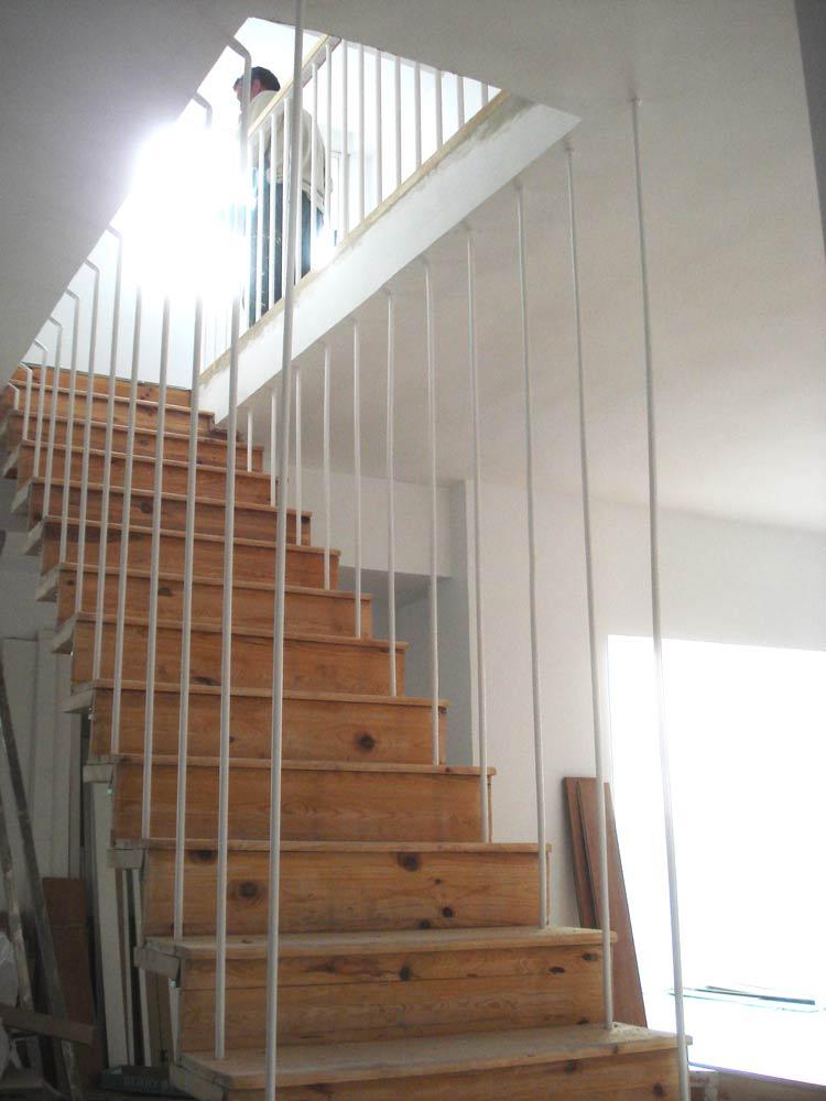 Supermanitas barandilla artesanal y reciclaje - Material para escaleras interior ...