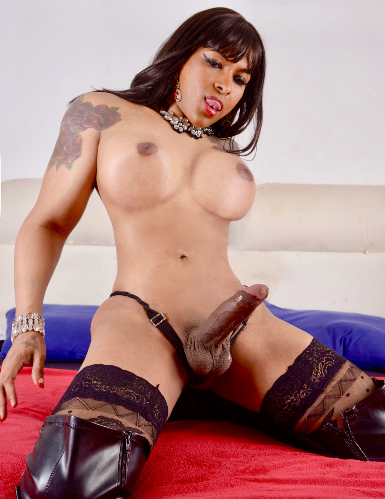 Lovely lady from the orient is so beautiful and exotic 3
