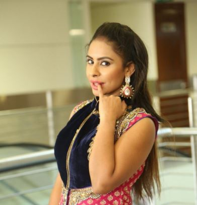 sri reddy movies list and images telugu actress