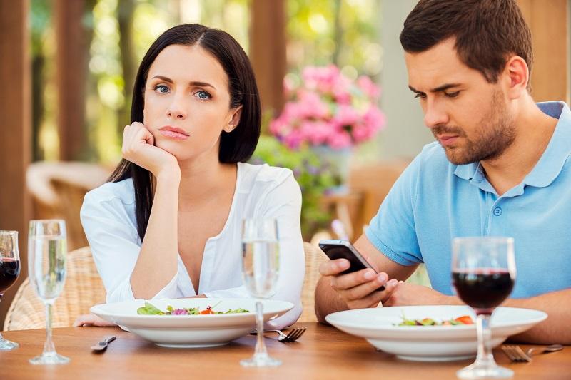 7 Comportamentos que Estão Matando seu Casamento