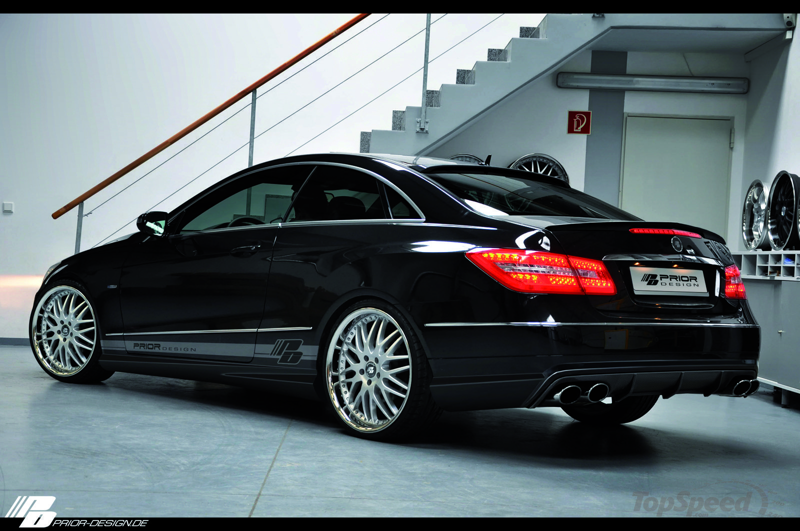 mercedes benz e class coupe by prior design c207 benztuning. Black Bedroom Furniture Sets. Home Design Ideas