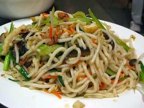 Chilli Garlic Noodles With Shrimps