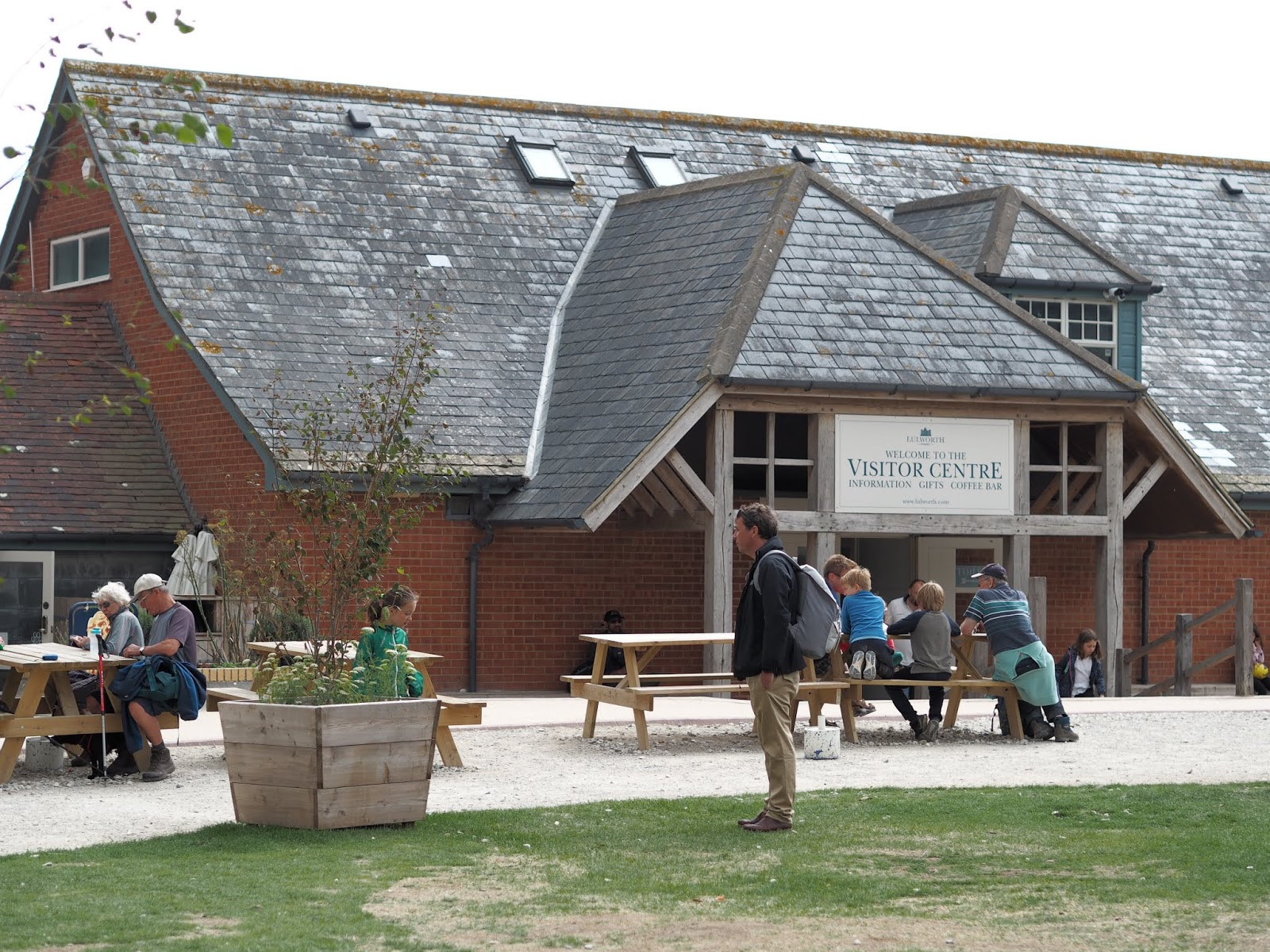 Lulworth Cove \ visitors information centre \ cafe \ shops