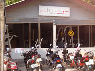 фитнес зал напротив кэмпа тайского бокса ламай