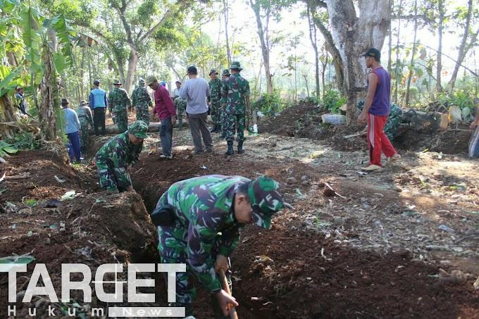 Karya Bhakti dan Profesionalisme Bersama Rakyat TNI Kuat