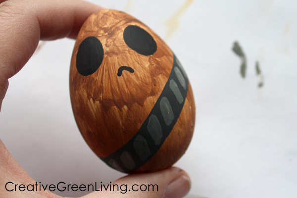 Best Star Wars craft ideas - how to decorate Easter eggs to look like star wars characters