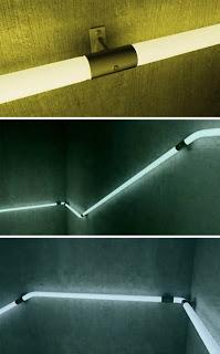 Escalera y lamparas
